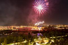 Fin de la fiesta (U2iano) Tags: fuegosartificiales merida extremadura spain españa luces noche nightlights longexposure