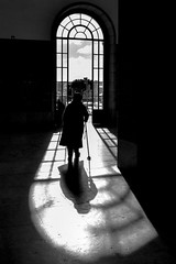 Step by step to the light (bhs-photo) Tags: noiretblanc schwarzweis monochrome lightandshadow silhouette street lisbon lisboa santaapolónia station bnw
