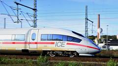 ICE 4602 Mitzieher in Herzogenrath (Jürgen Senz) Tags: ice 4602 aachenmönchengladbach aachen panning mitzieher triebwagen train railroad railway railscape db schnellzug zug personenzug bahn eisenbahn