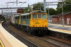 Shenfield Cans (Chris Baines) Tags: freightliner 86639627 shenfield felixstowe trafford park liner