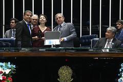 Plenário do Senado (Senado Federal) Tags: comemoração diadomédico homenagem medicina plenário senadorizalcipsdbdf senadornelsinhotradpsdms sessãoespecial draandreapalmeirakavamoto certificado sérgiotamura brasília df brasil