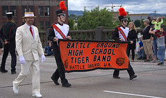 Tiger Band Banner (Scott 97006) Tags: banner highschool outfit parade uniforms plume hats