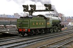 21/04/1979 - York. (53A Models) Tags: britishrail nationalrailwaymuseum gresley lner v2 262 4771 greenarrow preserved steam passenger thenortheastern york train railway locomotive railroad