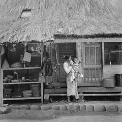 Kampung Naga, Tasikmalaya, Indonesia (brigjend) Tags: rolleiflex 28d kodak trix 400tx pushed 800 rodinal kampung naga tasikmalaya indonesia people bw blackandwhite