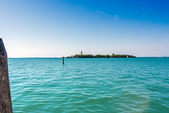 L'isola da raggiungere (francesco.fabbian93) Tags: venezia poveglia isoladipoveglia manicomio edificiabbandonati abbandono trash isola lagunaveneziana