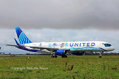 B757 N14106 UNITED Special colours (shanairpic) Tags: jetairliner passengerjet b757 boeing757 shannon specialcolours united n14106