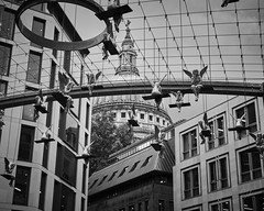 Lunch Break - London, United Kingdom (arnojenkins) Tags: london england britain uk europe travel monochrome bw blackwhite exhibition unitedkingdom angels sculpture art
