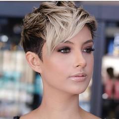 10 Féminin Pixie Idées de Coupes de Cheveux pour les Femmes (votrecoiffure) Tags: pixiecut pixiehaircuts shorthair shorthairstyles veryshorthairstyles