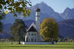 Bavaria in autumn (willberghoff) Tags: bavaria ludwigii fuessen neuschwanstein linderhof castle schloss church kirche sonyalpha6400 selp18105g a6400 ilce6400 sky himmel grün green blau blue schwangau coloman
