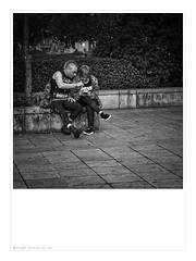 Forever Punk. Braga, 2019. (ithyrsus) Tags: nikon nikond5200 d5200 sigma affinityphoto bw blackwhite bnw blancoynegro blackandwhite biancoenero schwarzweis braga portugal street streetphotography streetphoto streetscene escenaurbana escenacallejera fotocallejera fotografiacallejera fotografíadecalle europa europe eu ue punk