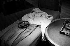 (赤いミルク) Tags: sleeping room wandering road again shirt cut train saw water
