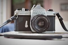 pentax spotmatic + takumar 35mm (Angelo Petrozza) Tags: 100 anni years pentax spotmatic manual takumar lens 35mm reflex photo