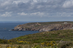 Pointe du Van from Pointe du Raz (ClydeHouse) Tags: france pointeduraz 29 bretagne finistere brittany byandrew