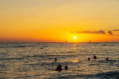 Waikiki Sunset (fate atc) Tags: hawaii kuhiobeach pacificocean sunset waikiki water boats surfing swimming yachts