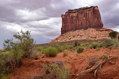 Monument Valley Butte on a Cloudy Day (Toasto) Tags: monumentvalley desert red rocks cliff cliffs navajo sandstone butte buttes sand arizona utah monument valley cloudy overcast