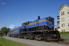 Nearly one of a kind (Michael Berry Railfan) Tags: oexx26 orfordexpress mlw montreallocomotiveworks m420tr magog quebec train passengertrain