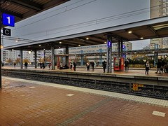 IMG_20191017_083521 (www.ilkkajukarainen.fi) Tags: station railway espoo espoon keskusta centr happy life line asema juna visit travel travelling suomi finland finlande eu europa scandinavia