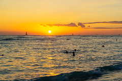 Waikiki Sunset ll (fate atc) Tags: hawaii kuhiobeach pacificocean sunset waikiki water boats surfing swimming yachts