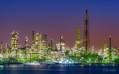 Petroleum refinery in Yokohama, Japan (aotaro) Tags: a7iii fe70300g petroleumrefinery oil isogo isogoward sea factory longexposure ocean japan yokohama morning ilce7m3 refinery atdawn seaside