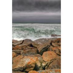 Live daring (Robyn Hooz) Tags: tempest vento wind capeofgoodhope capodibuonasperanza rocce rocks mare onde nuvole clouds danger dangerous sudafrica southafrica