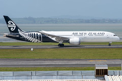 Air New Zealand Boeing 787-900 Dreamliner; ZK-NZN@AKL;19.10.2019 (Aero Icarus) Tags: aucklandinternationalairport auckland newzealand akl plane avion aircraft flugzeug airnewzealand boeing787900 dreamliner zknzn