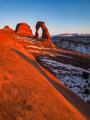 Red Abandon (xjblue) Tags: 2019 archesnationalpark newyearsweekend southernutah utah canyon canyonlands cold desert governmentshutdown sandstone snow trip winter naturalarch natural span redrock scenic