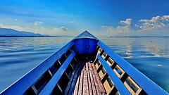 Blue (gerard eder) Tags: world travel reise viajes asia southeastasia burma birmania birma myanmar landscape landschaft lake lago lakeinle boats boote barcas blue sky horizon wasser water natur nature naturaleza paisajes panorama outdoor happyplanet asiafavorites