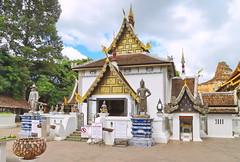 Wat Chedi Luang in Chiang Mai 5.9.2019 2107 (orangevolvobusdriver4u) Tags: archiv2019 2019 thailand totallythailand chiangmai norththailand temple tempel wat watchediluang chedi luang