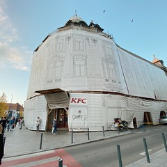 classy (mennyj) Tags: cluj napoca romania transylvania travel work trip 2019 fall mobile iphone iphone11 kfc architecture facade classy