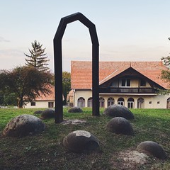 naturally round stones (mennyj) Tags: cluj napoca romania transylvania travel work trip 2019 fall mobile iphone iphone11