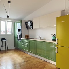 airbnb (mennyj) Tags: vacation travel croatia maslinica split germany munich fall 2019 mobile iphone iphone11 europe international airbnb green avocado turquoise aqua kitchen modern minimal