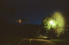 The night. (蒼白的路易斯) Tags: taipei taiwan 蒼白的路易斯 night kodakvision3500t yashicaelectro35gsn 底片攝影 底片