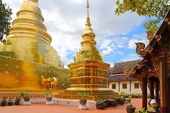 Wat Phra Singh in Chiang Mai 5.9.2019 2123 (orangevolvobusdriver4u) Tags: archiv2019 2019 thailand totallythailand chiangmai norththailand temple tempel wat watphrasingh gold