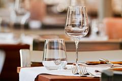 Glasses and cutlery on a table at a luxury restaurant (Ivan Radic) Tags: besteck closeup gläser nahaufnahem nobelrestaurant tisch cutlery glasses luxuryrestaurant table sigmasdquattro sigma100400mmf563dgoshsmcontemporary