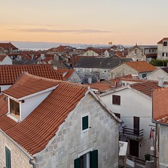 roof colors (mennyj) Tags: vacation travel croatia maslinica split germany munich fall 2019 mobile iphone iphone11 europe international adriatic sea dalmatian coast houses homes roof red terracotta mediterranean style sunrise