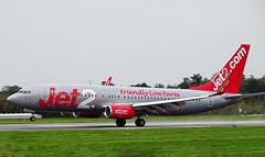 G-DRTU Boeing 737-800 of Jet2 (SteveDHall) Tags: aircraft airport aviation airfield aerodrome aeroplane airplane airliner airliners 2019 manchester manchesterairport ringway mcr man egcc gdrtu boeing737800 jet2 boeing b737 boeing737 737 737800 738 b737800 b738 channex ls exs