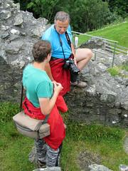 IMG_3567_Auto_USM (Jo_Si72) Tags: castle wales ruin ruine gb burg person y gwynedd castell bere mauerwerk