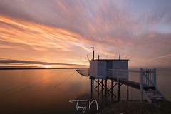 Meschers (Tony N.) Tags: france charentemaritime aquitaine nouvelleaquitaine mescherssurgironde saintonge carrelets dipnetting fishery poselongue longexposure gironde sunrise leverdesoleil levant nikkor1635f4 nikon manfrotto d810 nisi nisiprov5 nisicplpro nisignd16medium nisind1000 tonyn tonynunkovics