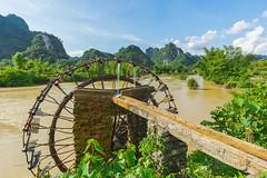 _MG_0213.0611.Sông Quây Sơn.Bản Giốc.Đàm Thuỷ.Trùng Khánh.Cao Bằng. (hoanglongphoto) Tags: asia asian vietnam northvietnam northeastvietnam landscape scenery vietnamlandscape vietnamscenery vietnamscene sky clouds river quaysownriver water riverside mountain sierra sunlight sunny afternoon sunnyafternoon canon đôngbắc caobằng trùngkhánh đàmthủy bảngiốc phongcảnh phongcảnhcaobằng sông sôngquâysơn cọnnước nước bầutrời mây núi dãynúi bờsông nắng nắngchiều buổichiều happyplanet asiafavorites northernvietnam caobanglandscape canoneos5dmarkii zeissdistagont3518ze