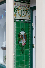 Buttercup Dairy, Innerleithen (itmpa) Tags: innerleithen buttercupdairy buttercup dairy shop entrance tiles tiled highstreet scottishborders archhist itmpa tomparnell canon 6d canon6d