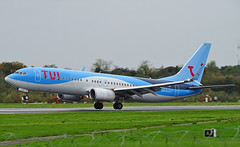 G-TAWU Boeing 737-800 of TUI (SteveDHall) Tags: boeing b737 boeing737 737 737800 b737800 boeing737800 738 b738 aircraft airport aviation airfield aerodrome aeroplane airplane airliner airliners 2019 manchester manchesterairport ringway mcr man egcc gtawu tom by thomsonairways thomson tui