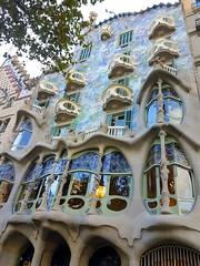 Casa Batllo (Ioannis Ks) Tags: barcelona gaudi architecture casa traveling autumn