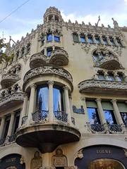 Casa Lleó Morera (Ioannis Ks) Tags: casa barcelona building autumn lleó morera