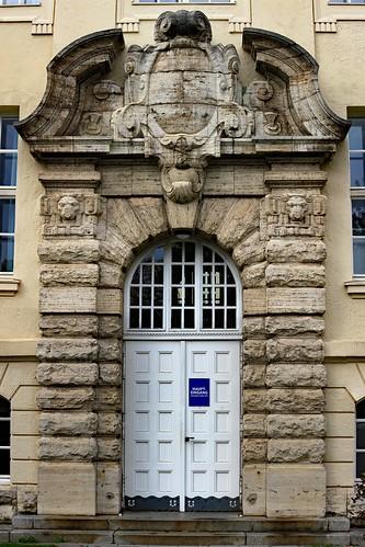 "Schule am Ravensberg (15) • <a style=""font-size:0.8em;"" href=""http://www.flickr.com/photos/69570948@N04/48924908983/"" target=""_blank"">Auf Flickr ansehen</a>"