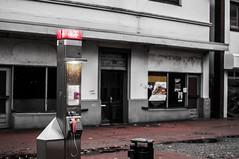 HotSpot (Patrick Z.) Tags: nordenham wasted leer urban city deutschland telefon technik decay licht light pink farblos amateur nikon nikkor raw 50mm festbrennweite 50 18 f18 explore