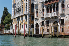 Venice, Italy (wildhareuk) Tags: canon canoneos500d grandcanal italy tamron18270mm venice venice2019 water building tamron tree img9915dxo