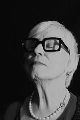 DSC_4770 (evelien noens) Tags: mom mother portrait blackandwhite sigmaartlenses sigma50mmart nikond750 nikon woman model glasses