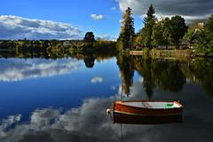 scène d'automne à huelgoat (eric-foto) Tags: lacdhuelgoat lac huelgoat nikond800 reflets pennarbed finistère bretagne breizh brittany bzh automne