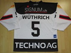 #5 Joel WÜTHRICH Game Worn Jersey (kirusgamewornjerseys) Tags: ehc basel sharks game worn jersey ice hockey joel wüthrich nicolai gusset chris sarault vögelin