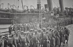 Photo of 36th Ulster Division leaving for France in 1915 | History WW1